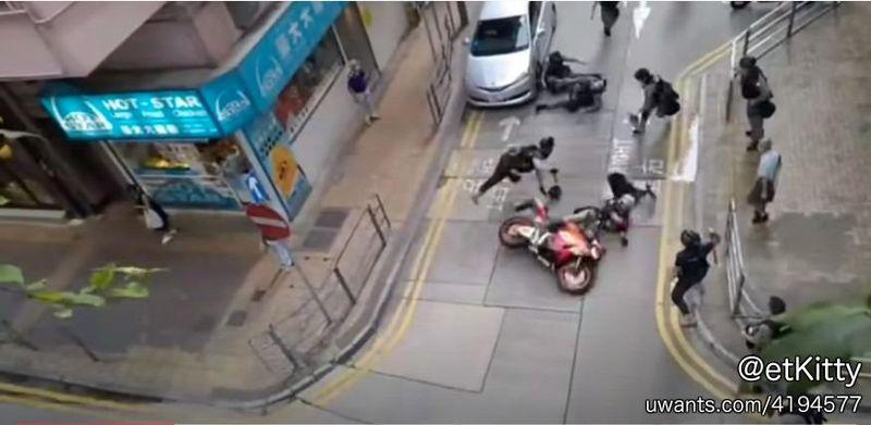 71 motorcyclist 1b.jpg